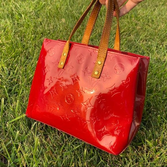 Louis Vuitton Handbags - Seductive Red Louis Vuitton Vernis Reade PM Bag
